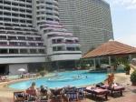 Таиланд. отель Амбассадор. бассейн с джакузи. 9 часов утра