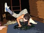 Хатха-йога для начинающих. Хождение по стеклу-10