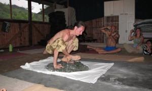 Хатха-йога для начинающих. Хождение по стеклу-1