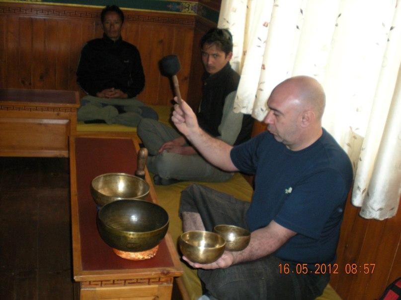 Фото Бесплатный мастер-класс «Вагишвара с гвоздями и чашами»