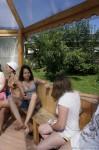 Отдых на Алтае. Дети слушают в пол уха